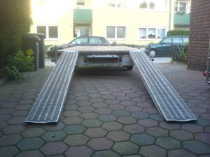 autotrailer duisburg autotransporter duisburg anh nger. Black Bedroom Furniture Sets. Home Design Ideas